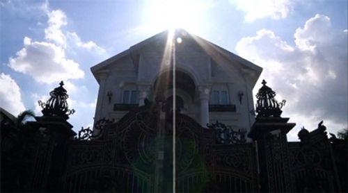 Đột nhập biệt thự triệu đô của gia đình Tăng Thanh Hà - Ảnh 4