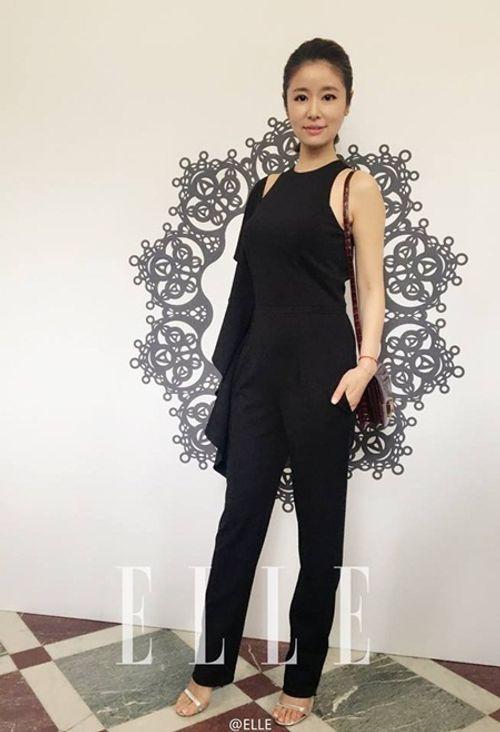 Lâm Tâm Như khoe gu thời trang cá tính tại Paris Fashion Week - Ảnh 5