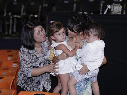 Chân dung người mẹ kế đặc biệt của Diva Hồng Nhung - Ảnh 3
