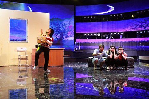 Làng hài mở hội tập 20: Hit của Hồ Quỳnh Hương lên sân khấu với phong cách lô tô - Ảnh 4