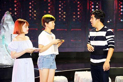 Làng hài mở hội tập 20: Hit của Hồ Quỳnh Hương lên sân khấu với phong cách lô tô - Ảnh 2