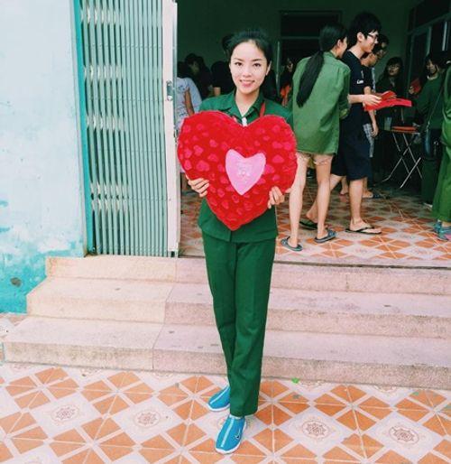 Hoa hậu Kỳ Duyên, Mỹ Linh khi không có vương miện - Ảnh 1