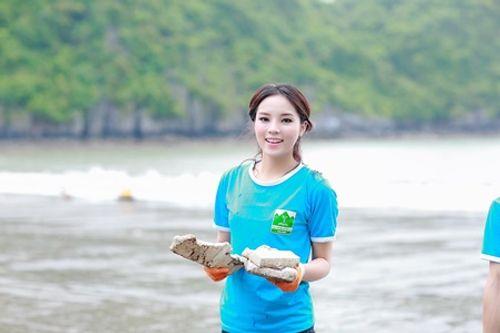 Hoa hậu Kỳ Duyên, Mỹ Linh khi không có vương miện - Ảnh 2