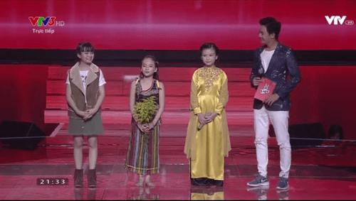 """Giọng hát Việt Nhí 2016 Liveshow 1: Nhiều tiết mục """"nổi da gà"""" xuất hiện - Ảnh 10"""