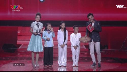 """Giọng hát Việt Nhí 2016 Liveshow 1: Nhiều tiết mục """"nổi da gà"""" xuất hiện - Ảnh 23"""