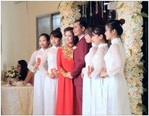 BTV xinh đẹp của VTV chính thức kết hôn - Ảnh 1