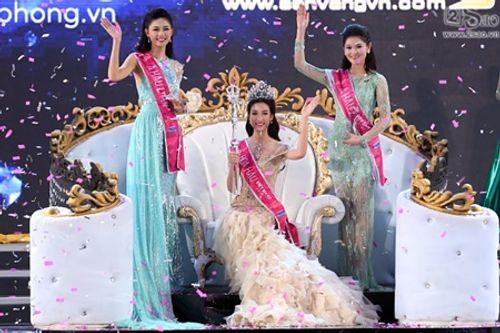 Góc khuất đằng sau ánh hào quang của Tân Hoa hậu sau đêm đăng quang - Ảnh 1