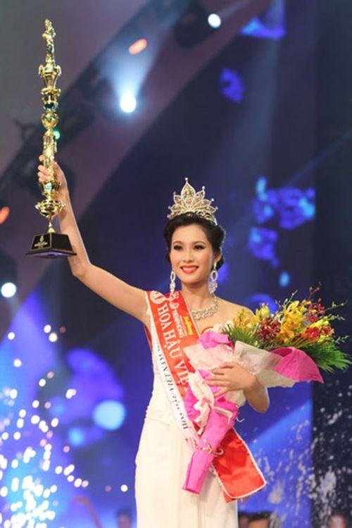 Góc khuất đằng sau ánh hào quang của Tân Hoa hậu sau đêm đăng quang - Ảnh 5