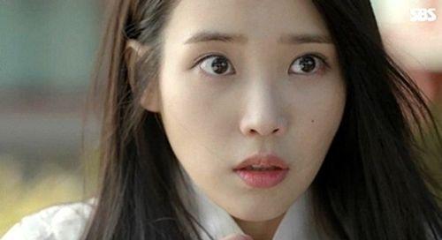 """IU và Kim Yoo Jung bị khán giả phàn nàn vì lỗi make up """"đi xa thời đại""""  - Ảnh 3"""