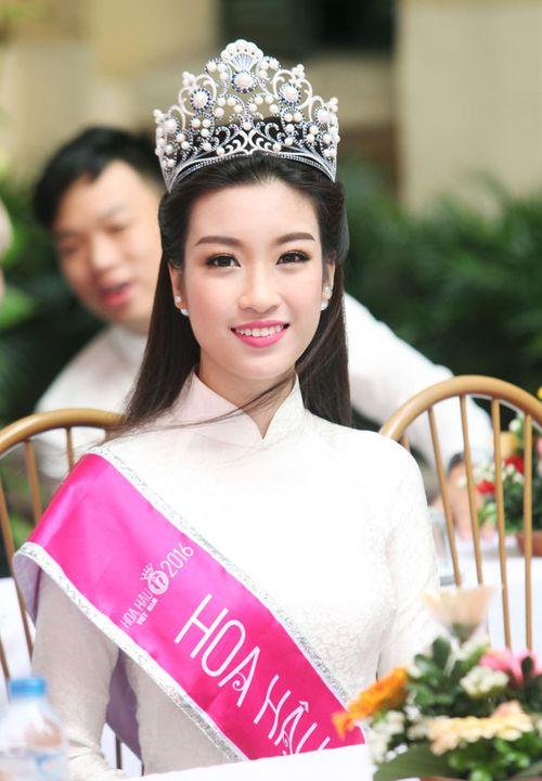 Hoa hậu Mỹ Linh: Tôi chưa có bạn trai, nên sự việc này là bịa đặt! - Ảnh 2