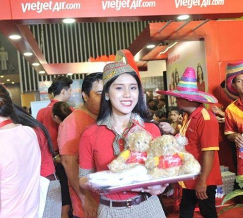 Vietjet nổi bật tại Hội chợ du lịch quốc tế TP.HCM 2016 - Ảnh 10