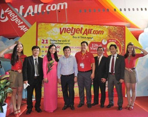 Vietjet nổi bật tại Hội chợ du lịch quốc tế TP.HCM 2016 - Ảnh 3