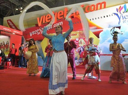 Vietjet nổi bật tại Hội chợ du lịch quốc tế TP.HCM 2016 - Ảnh 4