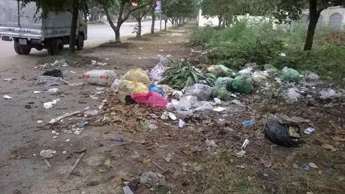 """Nghệ An: Dân vùng cao sống chung với rác vì...dự án """"chây ì"""" - Ảnh 3"""