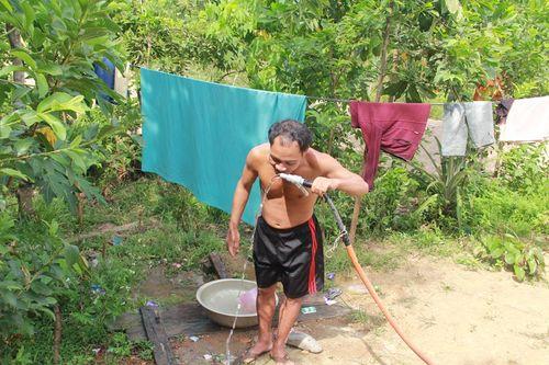 """Người dân xã nghèo """"nhắm mắt"""" sử dụng nguồn nước bẩn - Ảnh 5"""