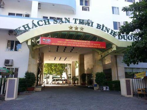 """Khách sạn Thái Bình Dương """"giam"""" khách: Ảnh hưởng du lịch Cửa Lò - Ảnh 1"""