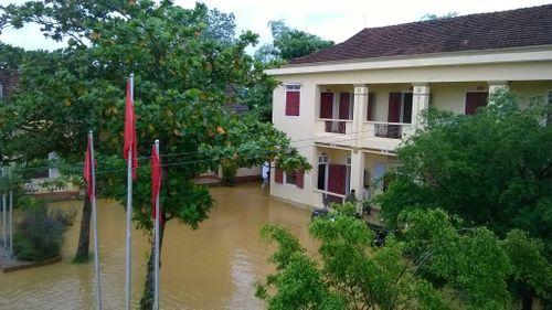 Hà Tĩnh: Hàng chục ngàn học sinh nghỉ học do mưa lũ - Ảnh 2