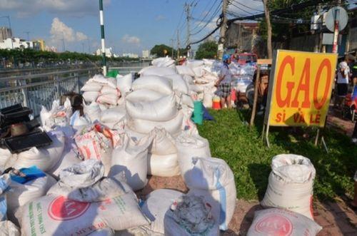 TP HCM: Cháy kho hàng trên đường Bến Bình Đông, 1 phụ nữ tử vong - Ảnh 4