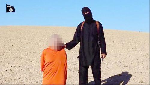 """Mỹ không kích tiêu diệt đao phủ """"John thánh chiến"""" của IS - Ảnh 1"""
