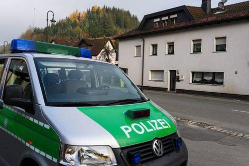Đức: Kinh hoàng phát hiện thi thể của 7 trẻ em trong một căn hộ - Ảnh 2