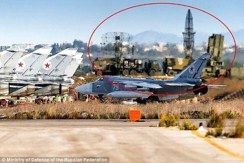 Nga triển khai tên lửa có thể hạ mọi loại máy bay tại Syria - Ảnh 1