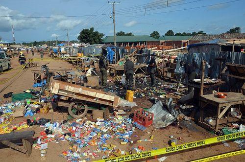 Đánh bom tại chợ hoa quả Nigeria, 112 người thương vong - Ảnh 1