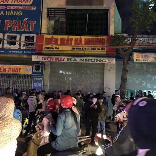 Thanh Hóa: 4 người tử vong bí ẩn trong ngôi nhà 5 tầng - Ảnh 1
