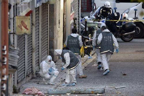 Phát hiện thi thể thứ ba sau cuộc đột kích khủng bố tại Pháp - Ảnh 1
