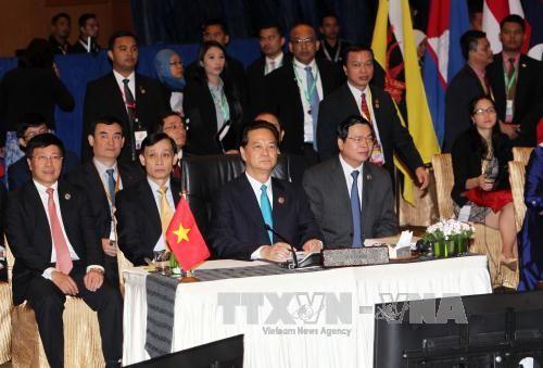 Thủ tướng dự phiên họp toàn thể ASEAN 27  - Ảnh 1