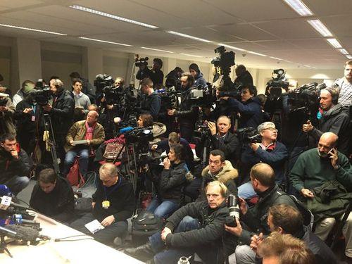 6 nghi phạm khủng bố Paris bị bắt trong cuộc bố ráp của cảnh sát Bỉ - Ảnh 2