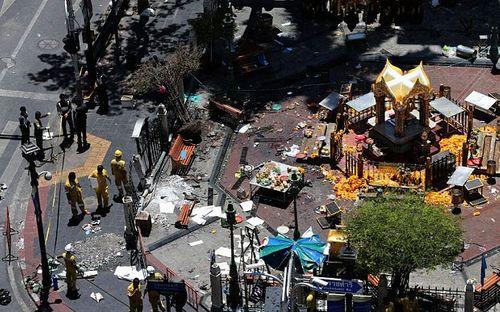 Tòa án quân sự Thái Lan xét xử 2 nghi can đánh bom Bangkok - Ảnh 1