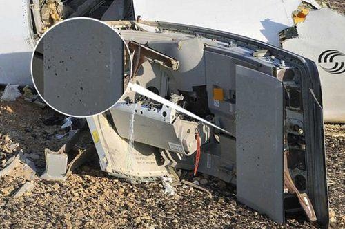 Nóng: Lộ bằng chứng máy bay Nga rơi vì bom - Ảnh 2