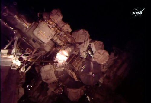 NASA: Tàu không gian gặp phải sự cố rò rỉ amoniac - Ảnh 1