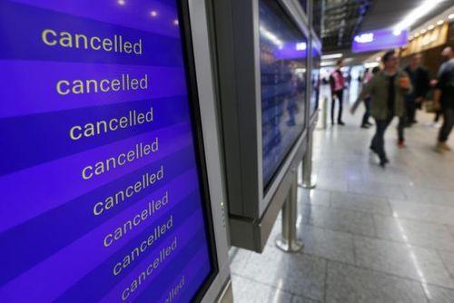 Hãng hàng không Đức hủy bỏ hơn 900 chuyến bay vì các cuộc đình công - Ảnh 1