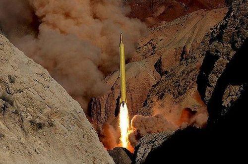 """Hillary Clinton kêu gọi Mỹ cần """"thẳng tay"""" trừng phạt Iran - Ảnh 1"""