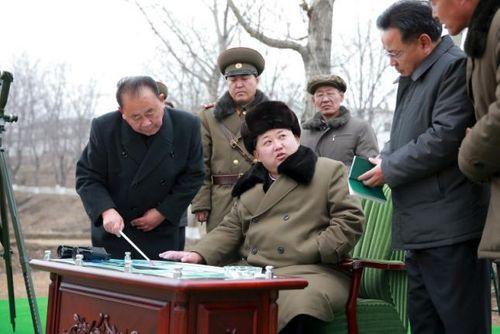 Tổng thống Mỹ áp dụng biện trừng phạt mới lên Triều Tiên - Ảnh 1