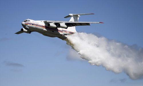 Máy bay cứu hộ Il-76 chở 11 người của Nga mất tích - Ảnh 1