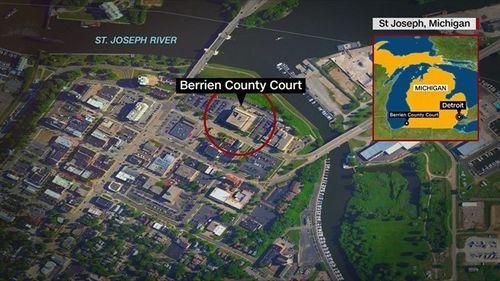 Nổ súng chết người ngay tại tòa án Mỹ - Ảnh 2