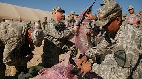 Mỹ gửi thêm 560 quân tới Iraq để chiếm lại thành trì IS - Ảnh 1