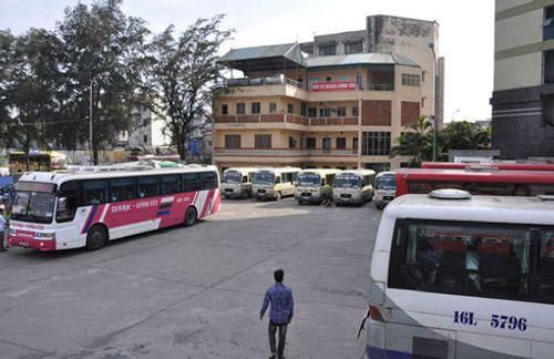 Hà Nội điều chuyển các tuyến vận tải hành khách tại bến xe Lương Yên - Ảnh 1