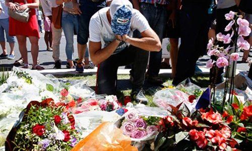 Pháp: Các nhà lãnh đạo kêu gọi đoàn kết sau vụ khủng bố - Ảnh 2