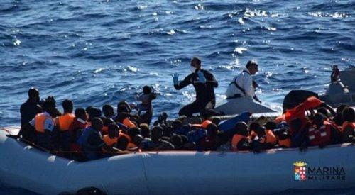 Phát hiện 22 thi thể người di cư trên thuyền giữa Địa Trung Hải - Ảnh 1