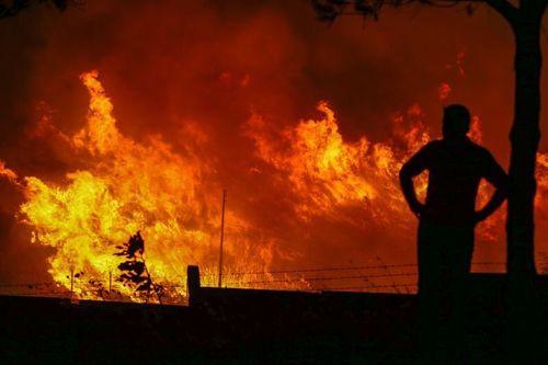 Cháy lớn gần căn cứ NATO ở phía Tây Thổ Nhĩ Kỳ - Ảnh 1