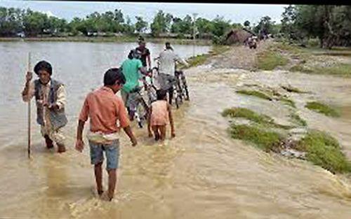 28 người chết, hàng chục người mất tích và bị thương vì mưa lũ ở Nepal - Ảnh 1