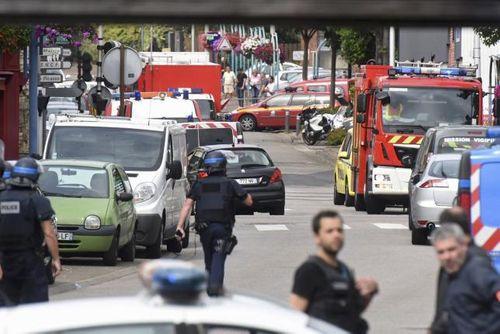 Xác định đối tượng tấn công nhà thờ Pháp - Ảnh 1