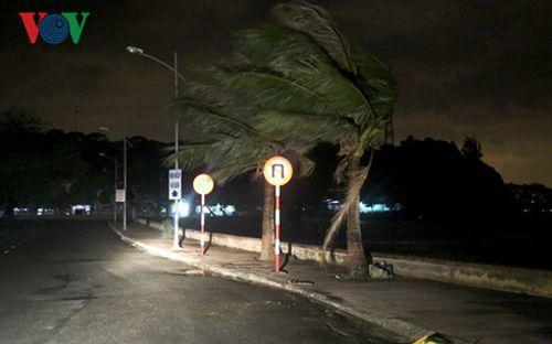 Hải Phòng, Quảng Ninh không chủ quan với hoàn lưu sau bão số 1 - Ảnh 1