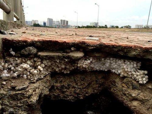 Bê tông cốt xốp ở cầu vượt đường sắt Hà Nội - Ảnh 3