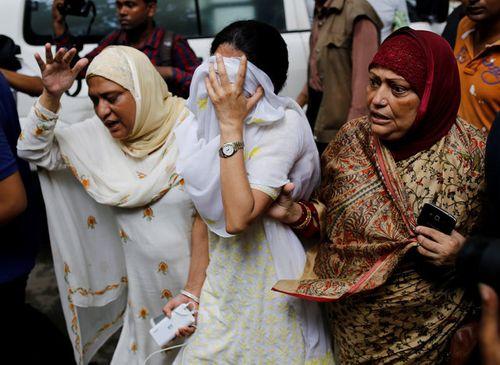 Ít nhất 16 nước ngoài thiệt mạng trong vụ khủng bố của IS ở Bangladesh - Ảnh 1