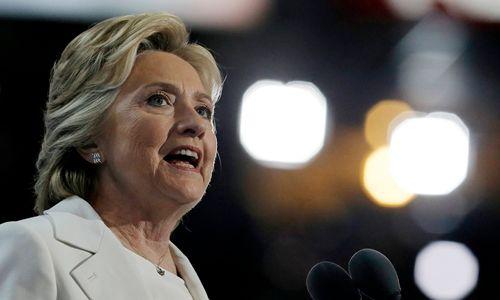 Bà Hillary trở thành ứng cử viên tổng thống giữa lúc đảng Dân chủ nhiều sóng gió - Ảnh 1