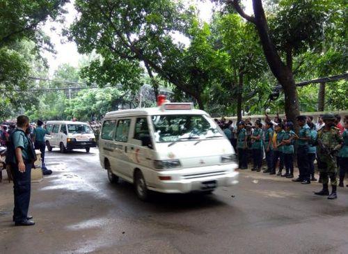 """IS đã """"nhận vơ"""" trách nhiệm vụ tấn công ở Bangladesh? - Ảnh 1"""